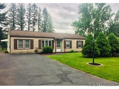Oneida County Single Family Home For Sale: 412 Richmond Rd