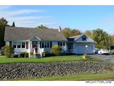 Remsen NY Single Family Home For Sale: $150,000