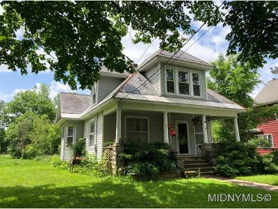 Single Family Home For Sale: 92 Seneca St