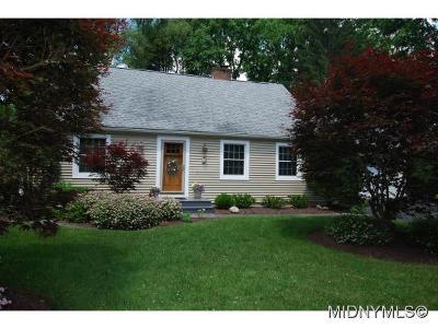 New Hartford NY Single Family Home For Sale: $199,900