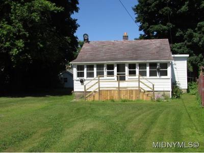 Whitesboro Single Family Home For Sale: 19 Sauquoit