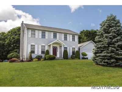 Sauquoit Single Family Home For Sale: 9510 Sunrise Dr.