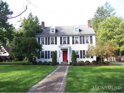 Madison County Single Family Home For Sale: 138 Kenwood Avenue