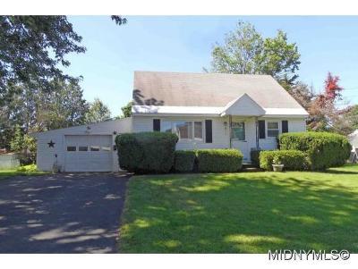 Whitesboro Single Family Home For Sale: 15 Ablett Avenue