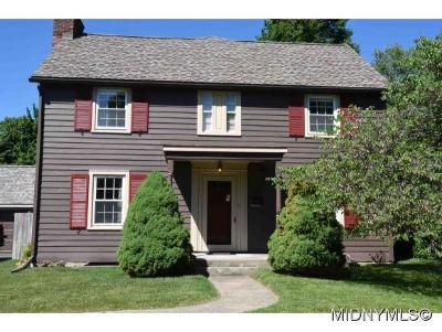 New Hartford Single Family Home For Sale: 207 Higby Road