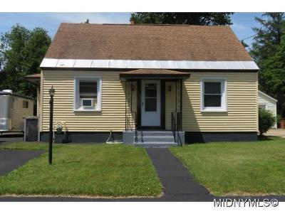 Rome Single Family Home For Sale: 525 Mayberry Road