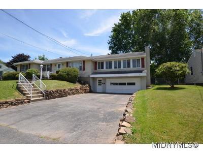 Herkimer County Single Family Home For Sale: 5720 Mapleton