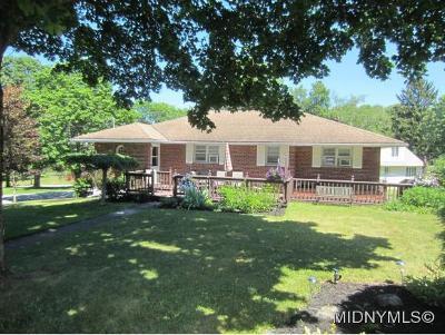 Sauquoit Single Family Home For Sale: 12 Gridley Blvd