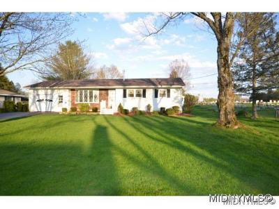 Oriskany Single Family Home For Sale: 127 Cider St