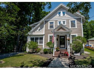Utica Single Family Home For Sale: 11 Beverly Place