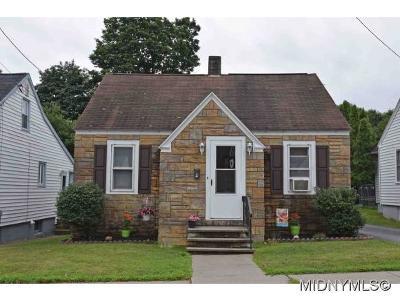 Whitesboro Single Family Home For Sale: 10 Dexter Street