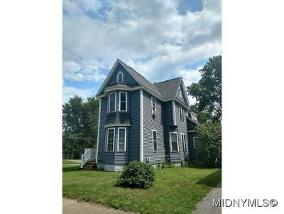 Whitesboro Single Family Home For Sale: 208 Main St