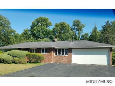 Whitesboro Single Family Home For Sale: 25 Harts Hill Circle