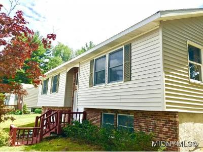 Oneida County Single Family Home For Sale: 6338 Evergreen Dr.