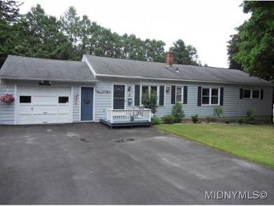 Oneida County Single Family Home For Sale: 2 Ridge Place