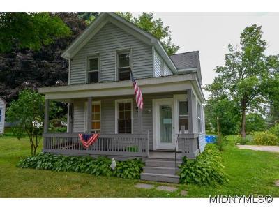 Whitesboro Single Family Home For Sale: 4950 Henderson St.