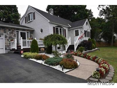 NEW HARTFORD Single Family Home For Sale: 5 Collins Ave