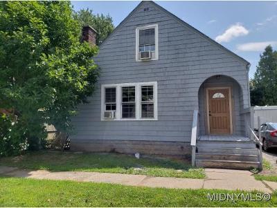 Whitesboro Single Family Home For Sale: 19 Gardner