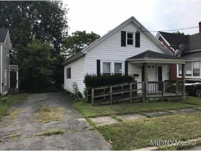 Utica Single Family Home For Sale: 1517 City Street