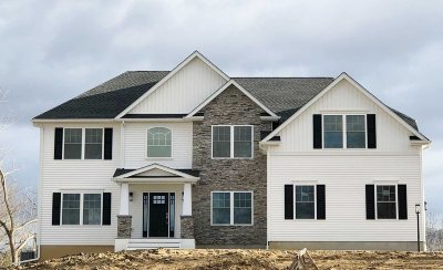 East Fishkill Single Family Home Continue Showing