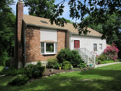 Pawling Single Family Home For Sale: 9 Great Bear Rd