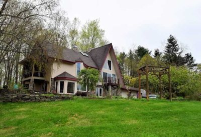 Rhinebeck Single Family Home Continue Showing: 88 Slate Quarry Rd