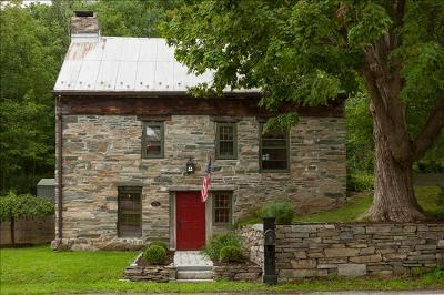 Pawling Single Family Home For Sale: 168 Old Route 55