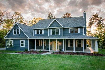 Single Family Home For Sale: 20 Kristen Ln