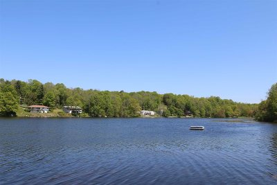 Pawling Single Family Home For Sale: 8 Dutchess Cove