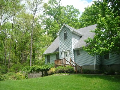 Dutchess County Single Family Home Extended: 7 Fir