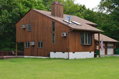 La Grange Single Family Home For Sale: 49 S Cross Rd