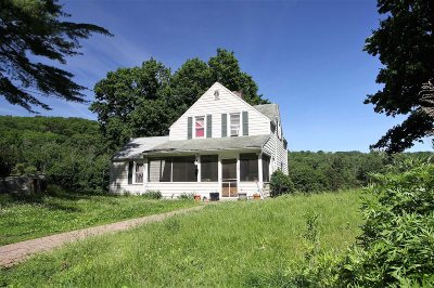 Pawling Single Family Home Extended: 420 Quaker Hill Rd