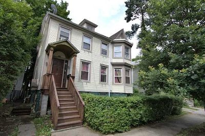 Poughkeepsie City Single Family Home For Sale: 27 Hooker Ave