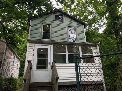 Poughkeepsie City Single Family Home Extended: 219 N Clinton St