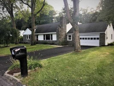 Wappinger Single Family Home Continue Showing: 22 Pleasant Lane