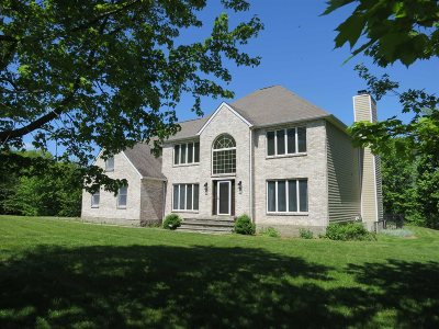 Pawling Single Family Home For Sale: 105 Anderson Dr