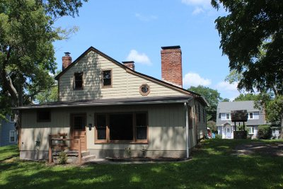 Wappinger Single Family Home For Sale: 16 Spring St
