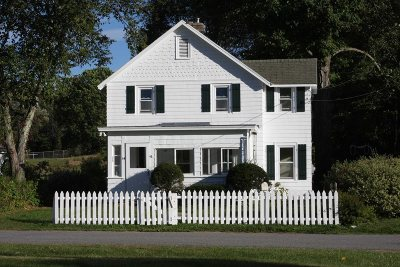 Union Vale NY Single Family Home Continue Showing: $169,000