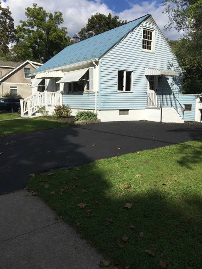Poughkeepsie City Single Family Home For Sale: 86 S Grand Ave