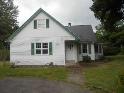 East Fishkill Single Family Home For Sale: 119 Lomala Ln