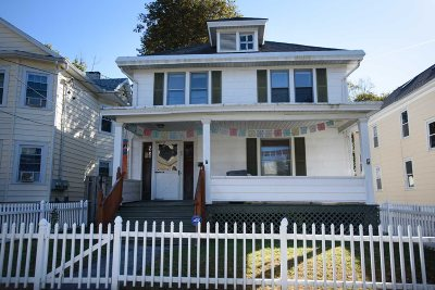 Poughkeepsie City Single Family Home For Sale: 59 Worrall