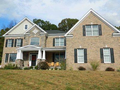 La Grange Single Family Home For Sale: 16 Sommerset Rd