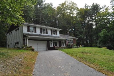 Poughkeepsie Twp Single Family Home For Sale: 2 Tree Top Lane