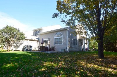 Fishkill Condo/Townhouse For Sale: 14 Deer Crossing