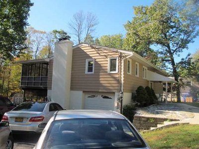 Hyde Park Single Family Home Price Change: 169 Roosevelt Road