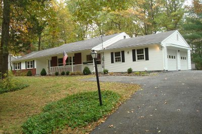 Poughkeepsie Twp Single Family Home For Sale: 4 Oak Bend Rd