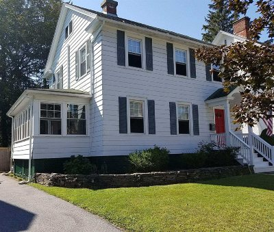 Poughkeepsie City Single Family Home For Sale: 34 Crescent Rd