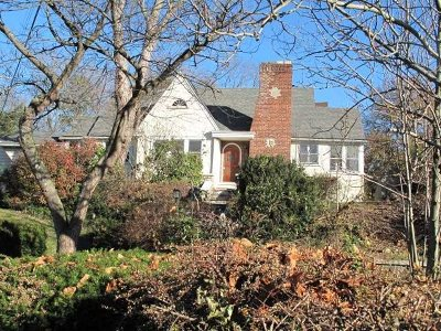 Poughkeepsie Twp Single Family Home For Sale: 21 Lindbergh Place