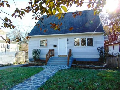 Poughkeepsie City Single Family Home For Sale: 68 Glenwood Ave