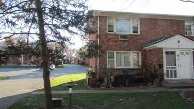 Wappinger Condo/Townhouse Continue Showing: 1668 Route 9 Unit 8a